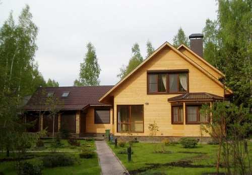 Сколько стоит строительство дома из бруса